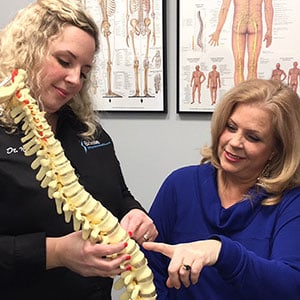 new jersey chiropractor helping patient